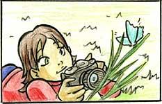Illustrazione di una ragazza distesa su un prato che fotografa una farfalla appoggiata su uno stelo